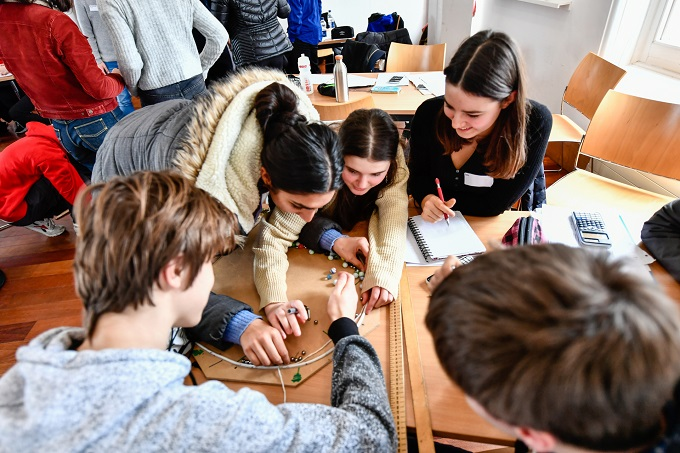 Physics masterclass at Highgate School, London